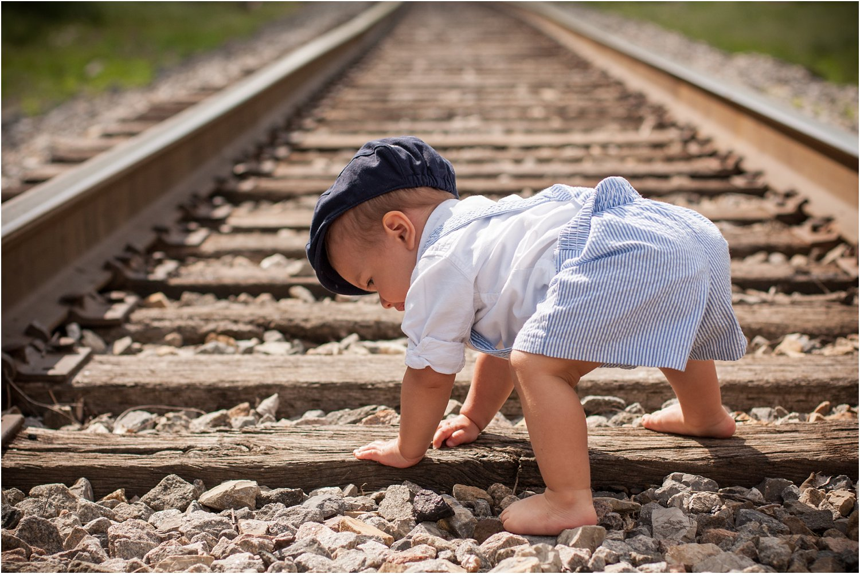 Daleville_Railroad_Family_Portraits_Tribbles_0003.jpg