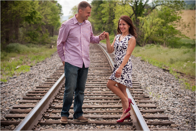 Daleville_Railroad_Family_Portraits_Tribbles_0006.jpg