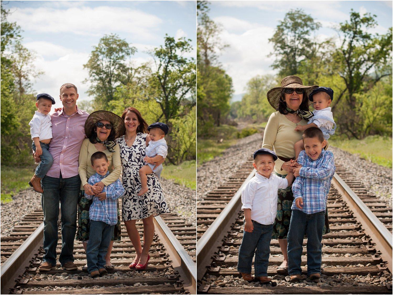 Daleville_Railroad_Family_Portraits_Tribbles_0018.jpg