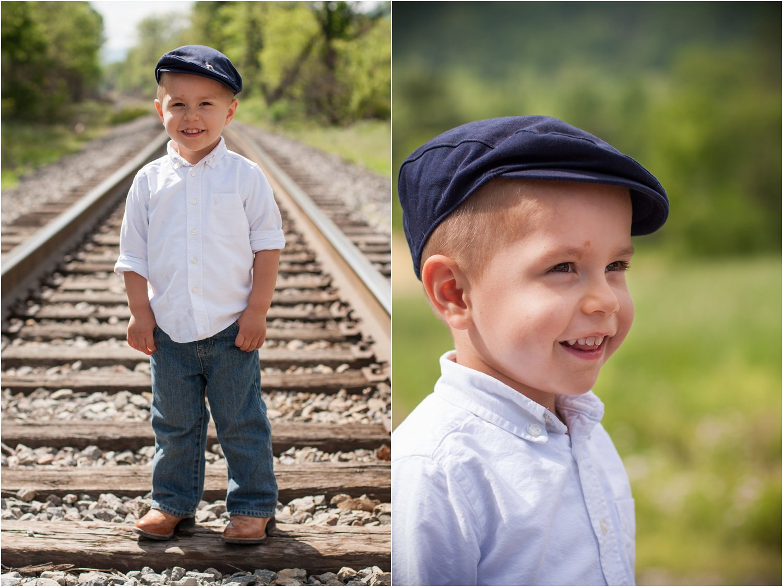Daleville_Railroad_Family_Portraits_Tribbles_0020.jpg