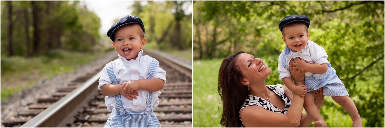Daleville_Railroad_Family_Portraits_Tribbles_0021.jpg