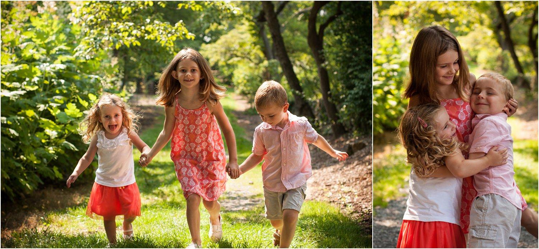 Blandy_Arboretum_Sibling_Mini_Sessions_Payne_0005.jpg