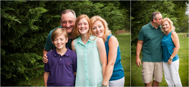 Harrisonburg_Family_Portraits_Pinneri_0007.jpg