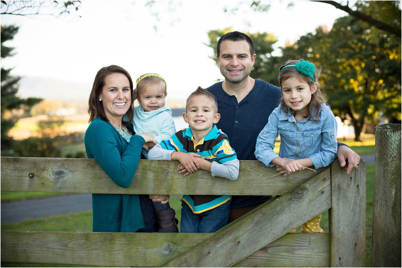 Port_Republic_VA_Fall_Family_Portraits_Weniger_0021.jpg