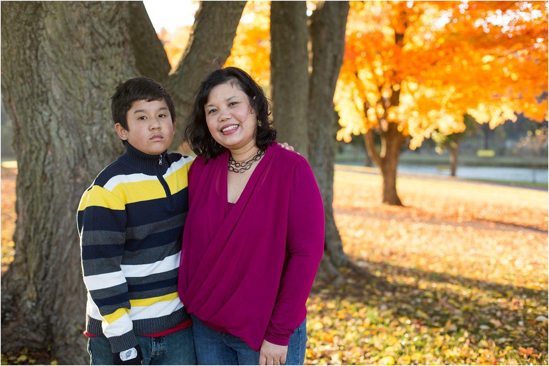 Purcell_Park_Harrisonburg_VA_Family_Portraits_Phaga_0005.jpg
