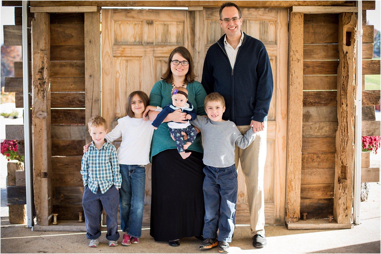 On_Sunny_Slope_Farm_Harrisonburg_VA_Family_Portraits_0001.jpg