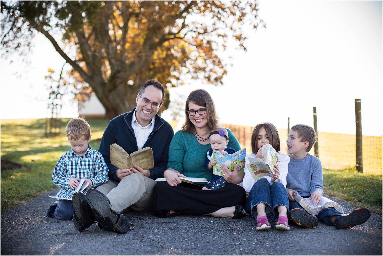 On_Sunny_Slope_Farm_Harrisonburg_VA_Family_Portraits_0019.jpg