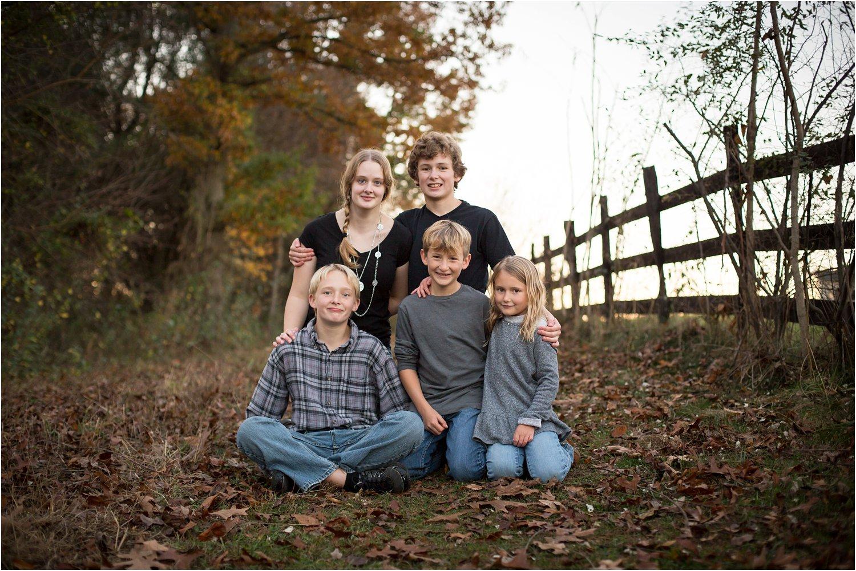 Lake_Shenandoah_Harrisonburg_VA_Family_Portrait_0023.jpg