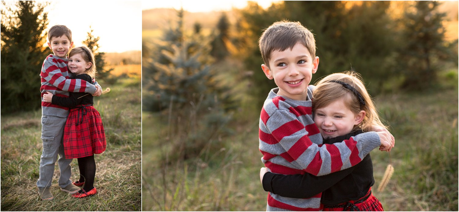 Evergreen_Christmas_Tree_Farm_Family_Portraits_0019.jpg