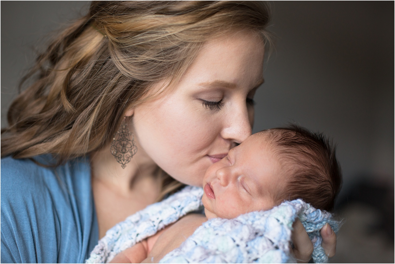 Ortiz_Newborn_Portraits_Harrisonburg_VA_Photography_0027.jpg