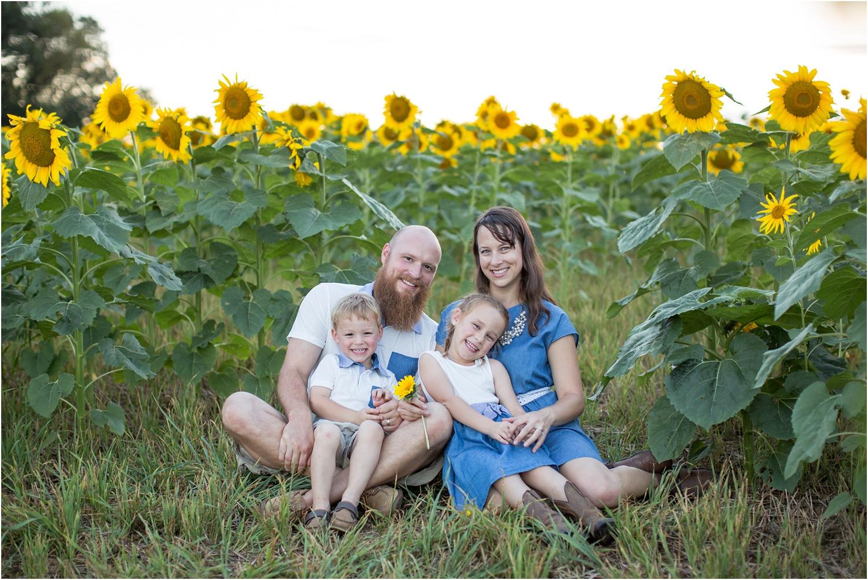 Loucks_Family_Photography_Harrisonburg_VA_0014.jpg