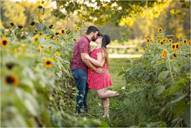 Yozwiak_Sunflower_Farm_Photography_Harrisonburg_VA_0003.jpg