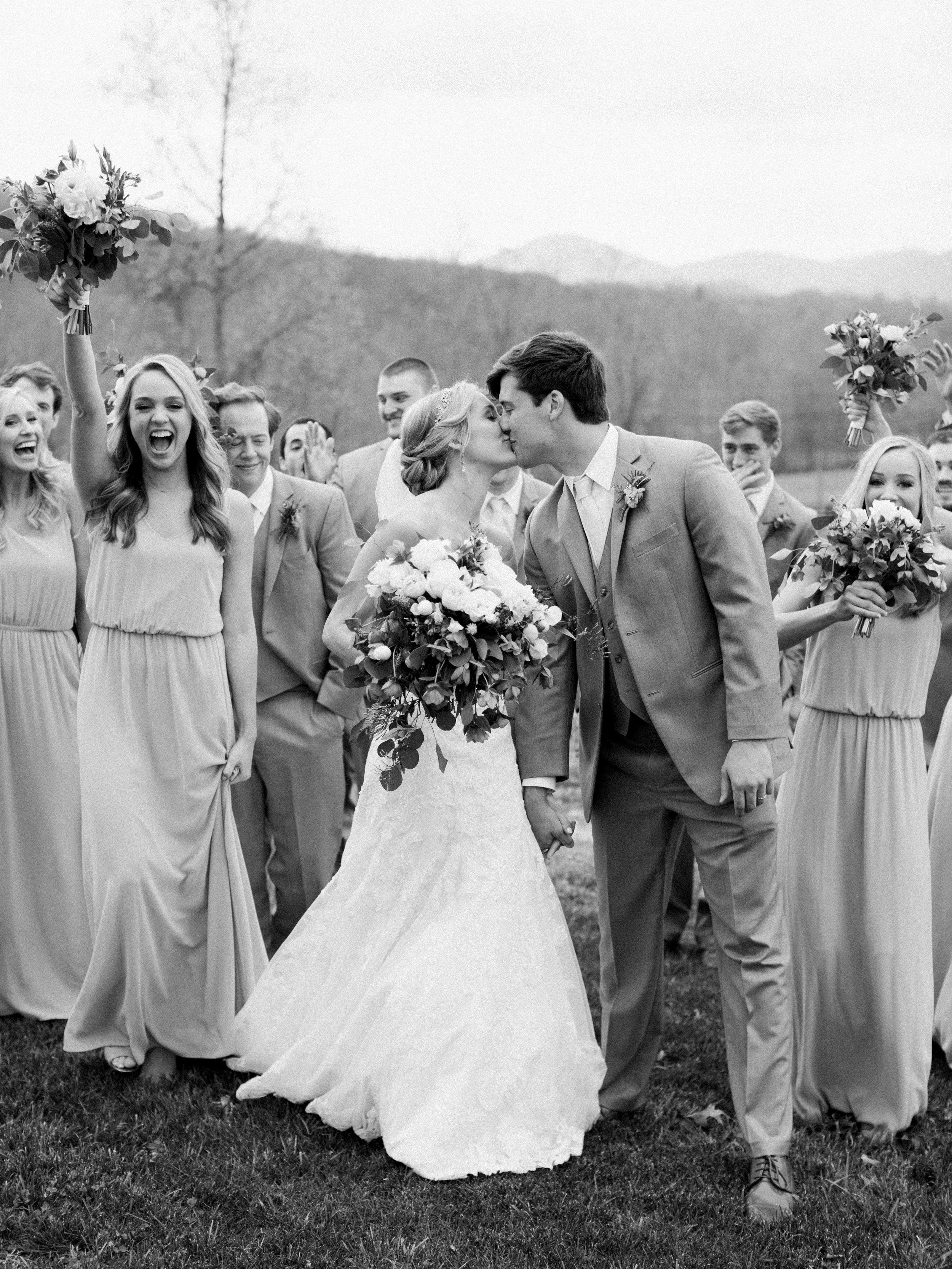 white-oaks-barn-wedding-dahlonega-ga-photographer-5.jpg