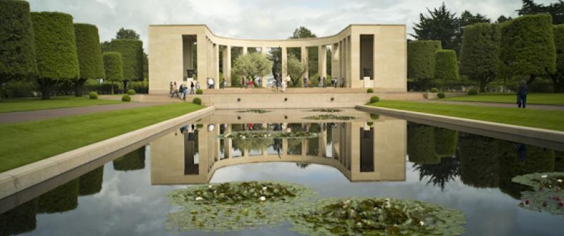 Normandy_Reflecting_Pool.jpg