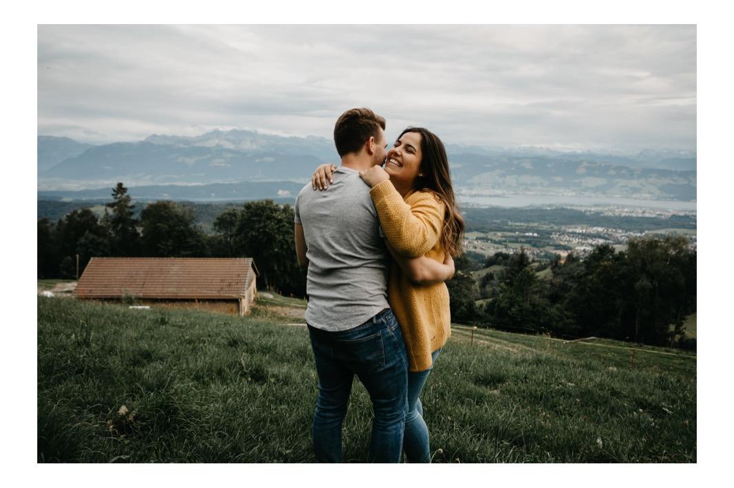 16_coupleshoot_mountain_session_authentic (16 von 47).jpg