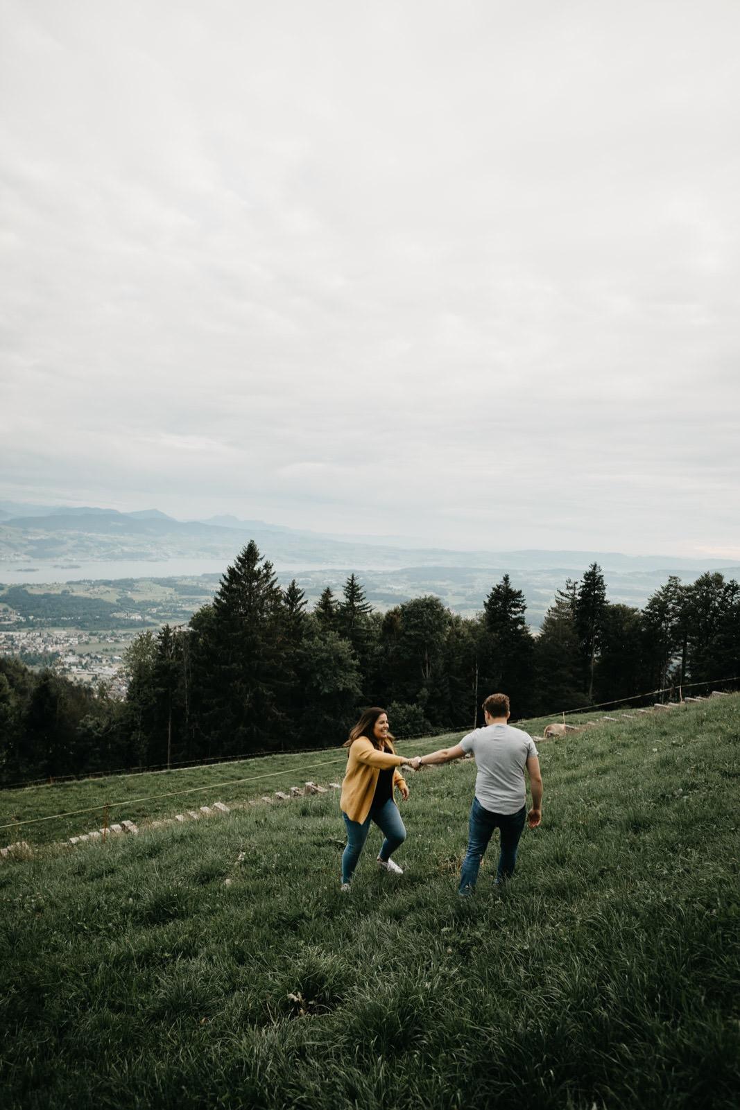 15_coupleshoot_mountain_session_authentic (15 von 47).jpg