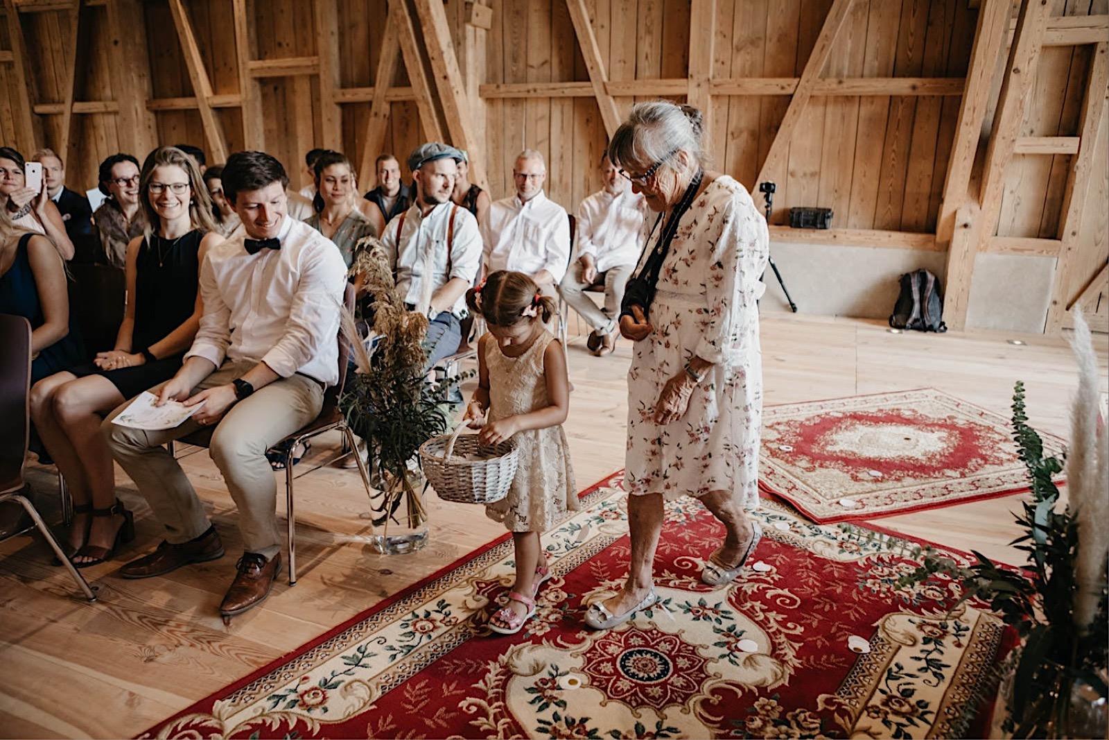 38_bohowedding_ceremony_intimate_wedding (11 von 39).jpg