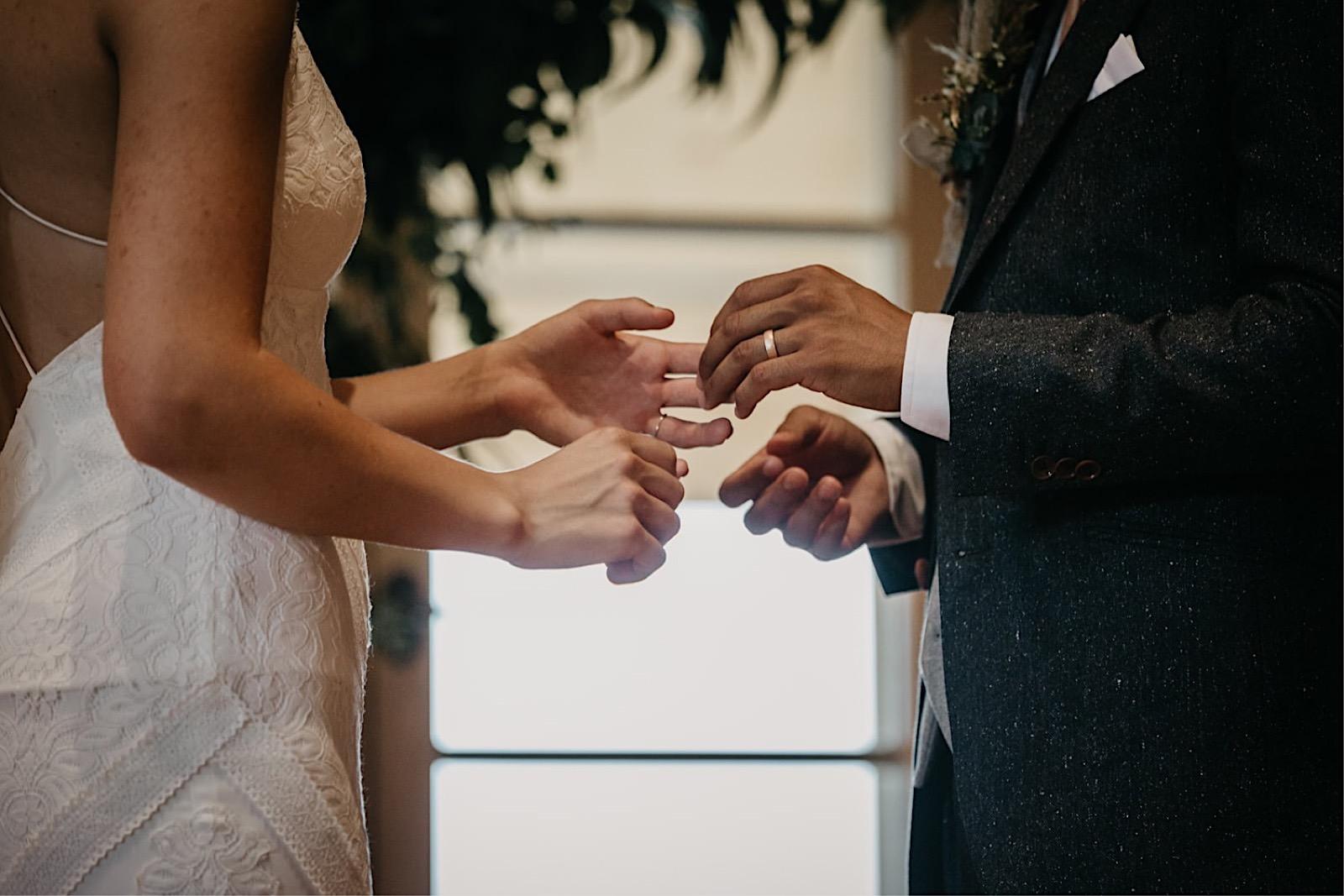 41_bohowedding_ceremony_intimate_wedding (34 von 39).jpg
