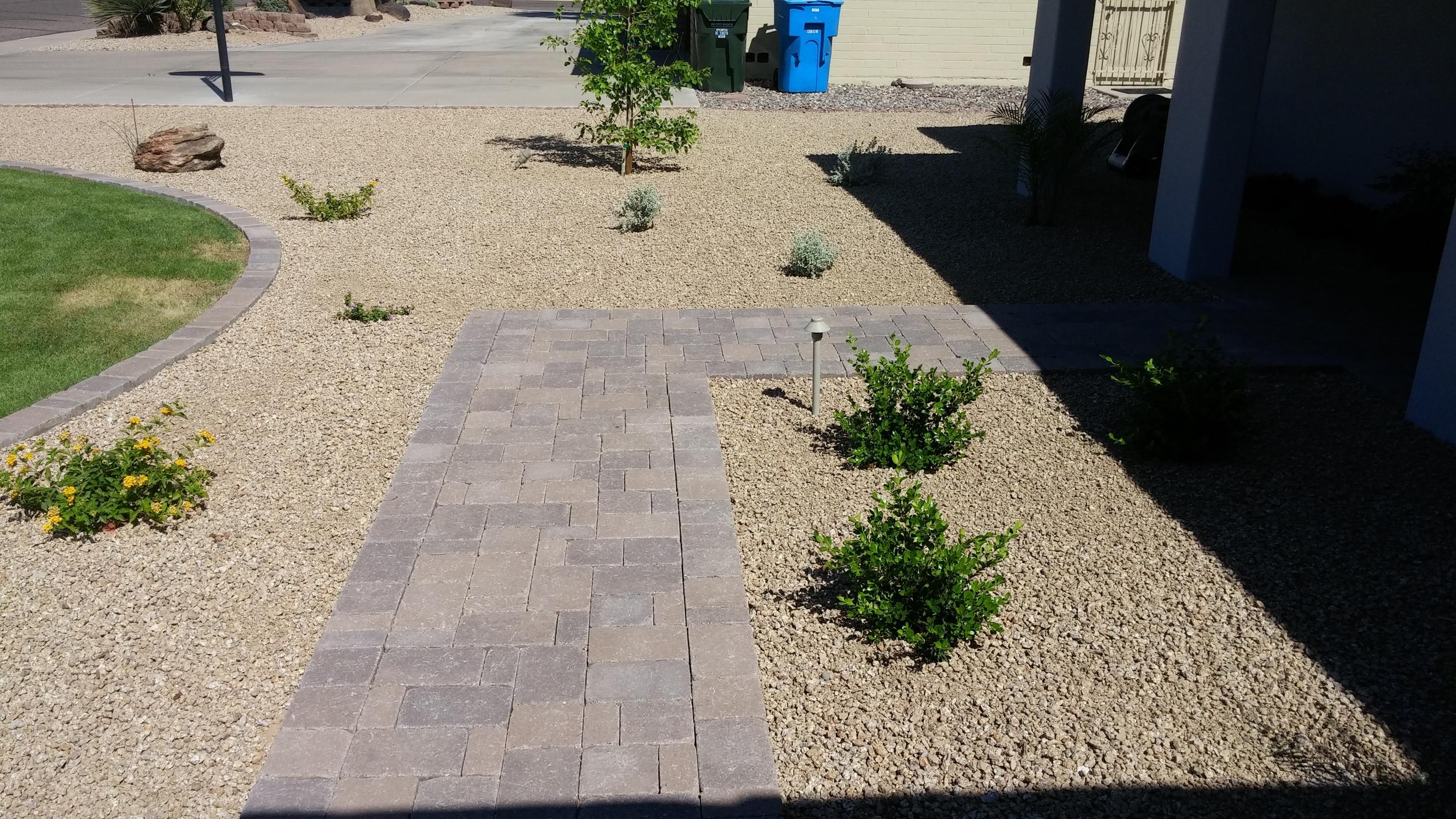 interlocking-paver-walkway.jpg