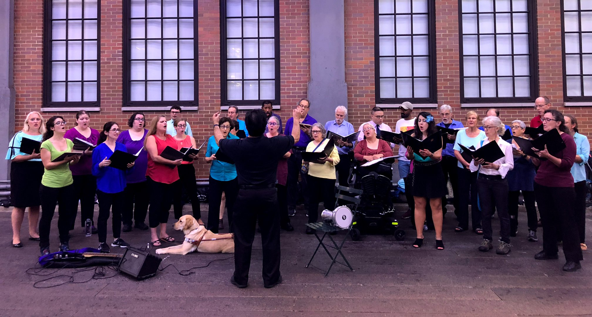 Each year, on or near the anniversary of the September 11th attack on the World Trade Center, the choir performs a public concert. On September 12, 2018 we performed on the High Line in New York City.