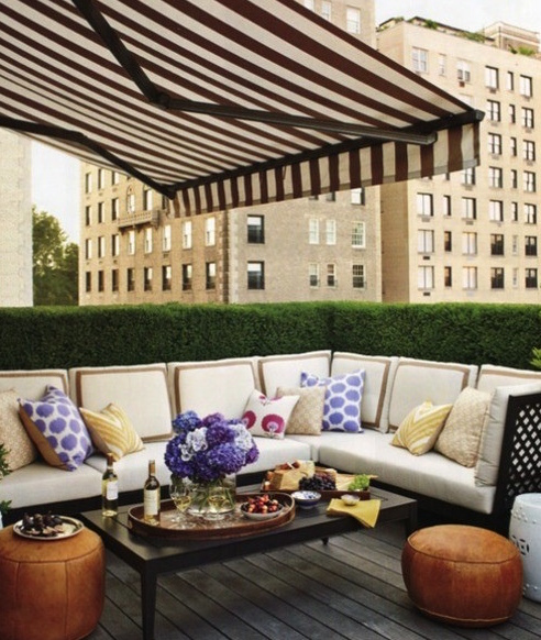 This is pretty white sectional I dream about! Photo courtesy of Messy Nessy Chic