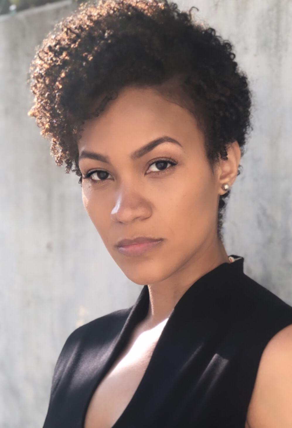 Sasha Kelly Jackson Headshot 2019.JPG