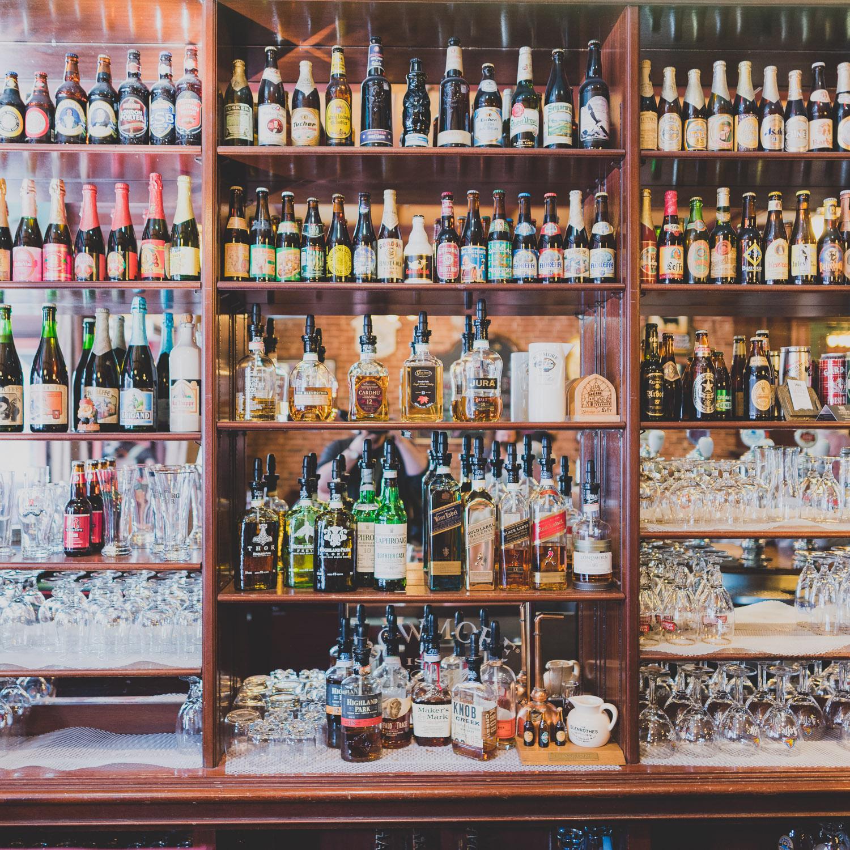 Pub St-Alexandre pour le Carrefour international de théâtre de Québec