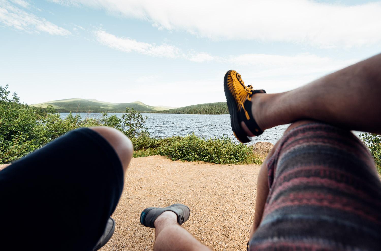 On prend quelques minutes pour admirer la superbe vue près d'un lac - - Toutes les photos sont sous Copyright © 2016 Jeff Frenette Photography / dezjeff. Pour utilisation des photos, me contacter au dezjeff@me.com