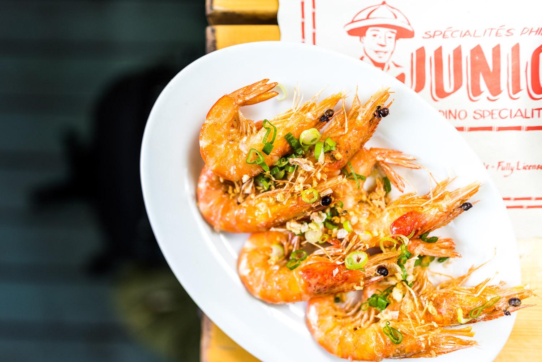 Crevettes entières  chez Junior Restaurant à Montréal
