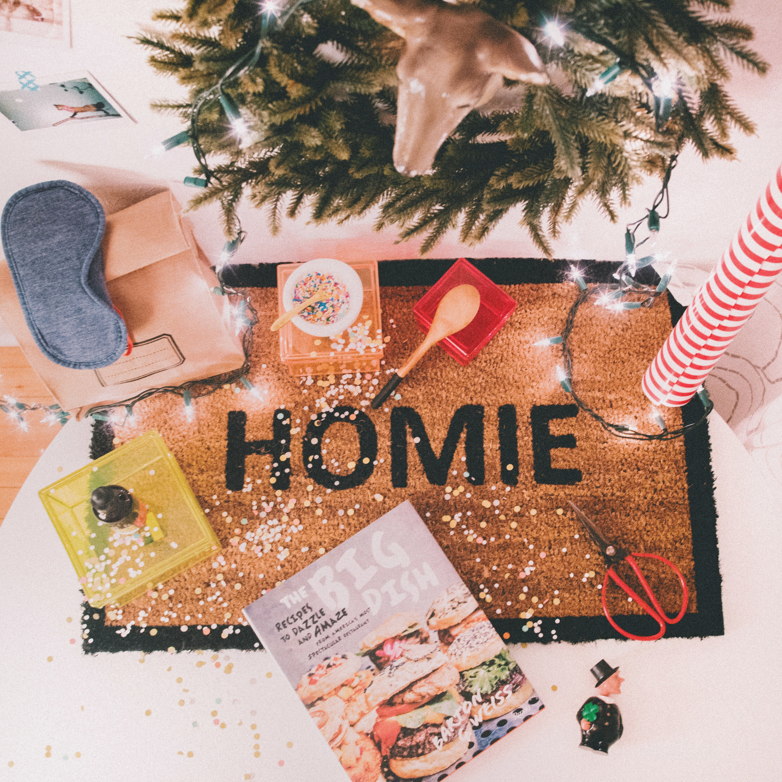 Very welcoming homie doormat by Drake General Store - HOME GIFT IDEAS - THE ULTIMATE GIFT LIST FOR MODERN MEN