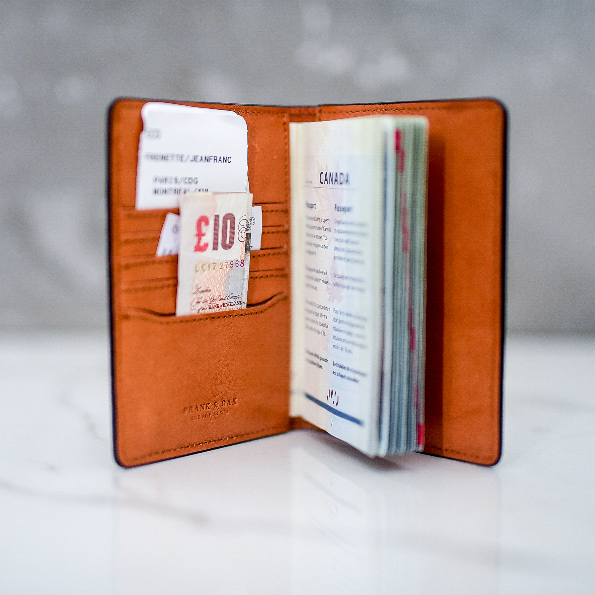 Leather passport sleeve by Frank + Oak - TRAVEL GIFT IDEAS - THE ULTIMATE GIFT LIST FOR MODERN MEN