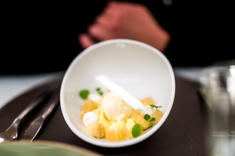 Dessert vacherin au citron au ORIGIN Restaurant -Toutes les photos sont sous Copyright © 2017 Jeff Frenette Photography / dezjeff. Pour utilisation des photos, me contacter au dezjeff@me.com