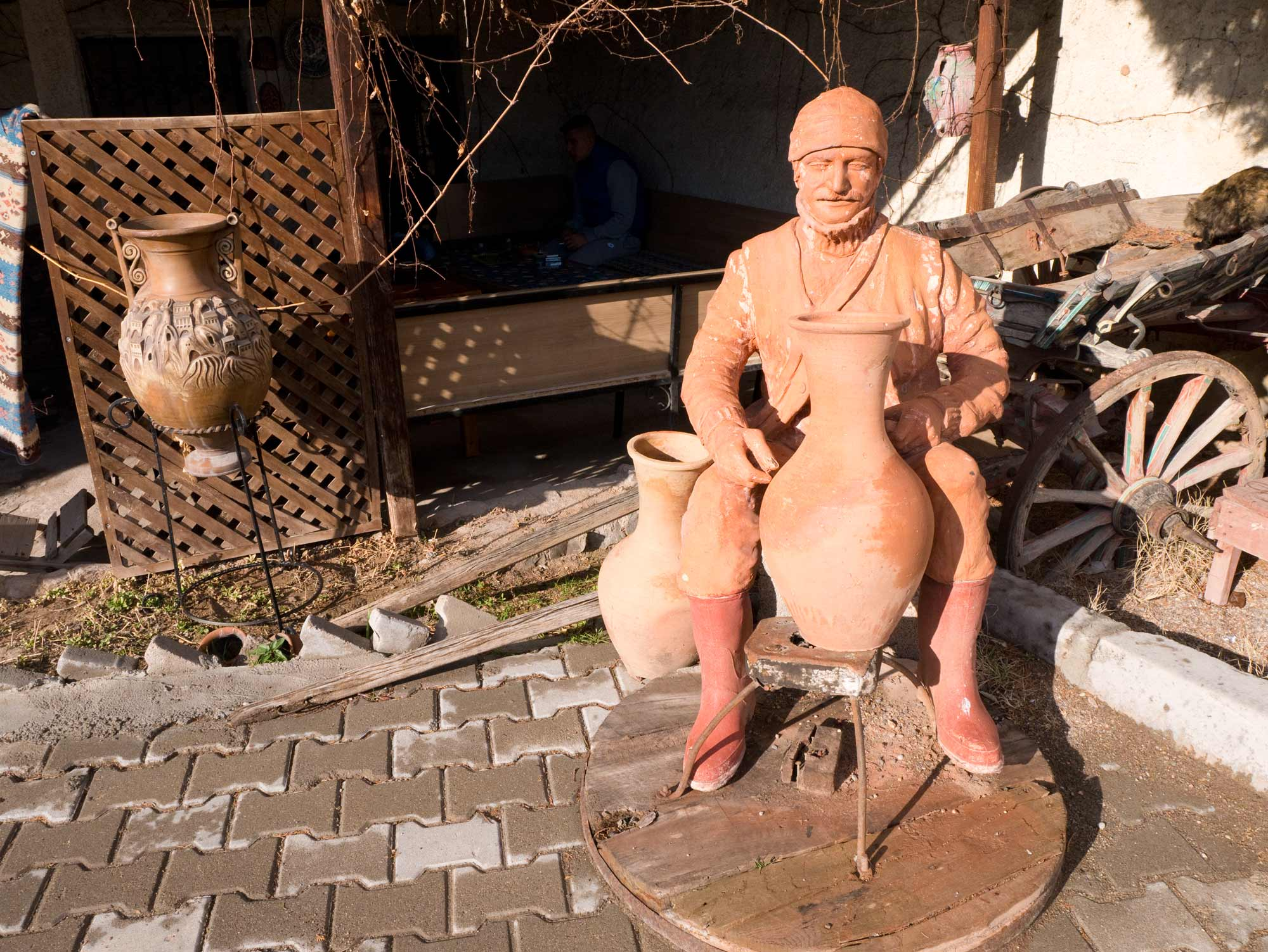travel-turk-potter-statue.jpg