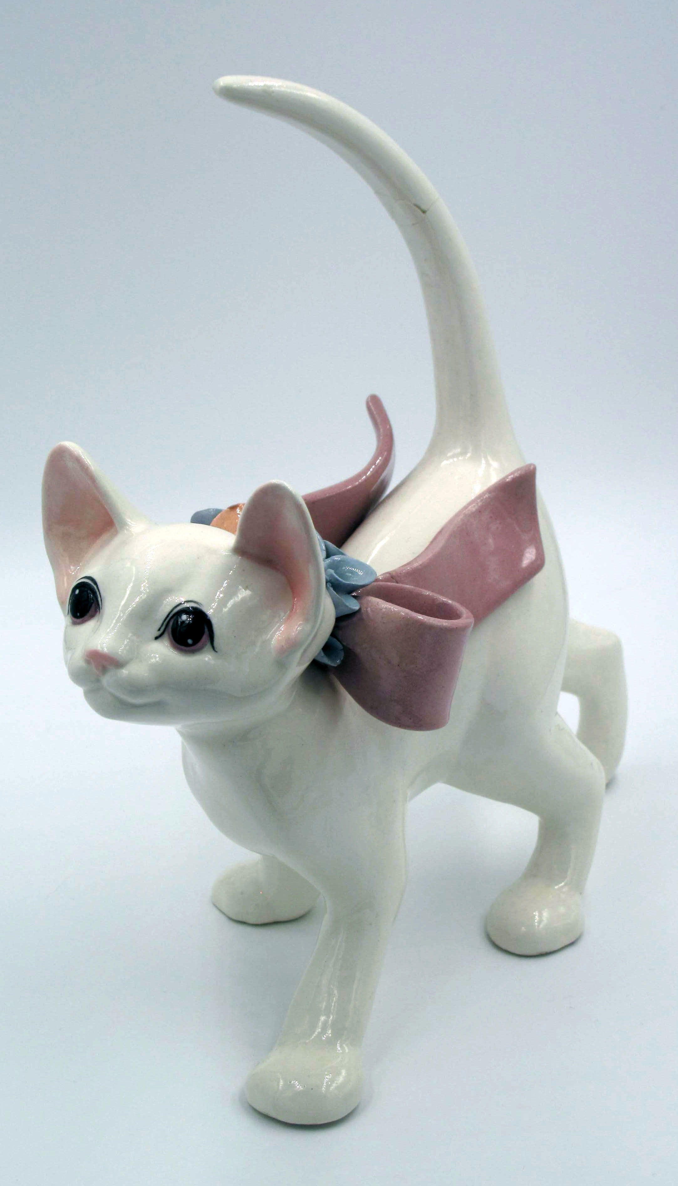 Made in Japan Cat - Obviously a Freeman McFarlin Copy