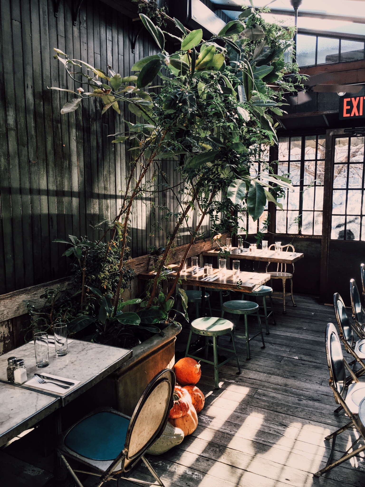 cafe_colette_outdoor_seating.jpg