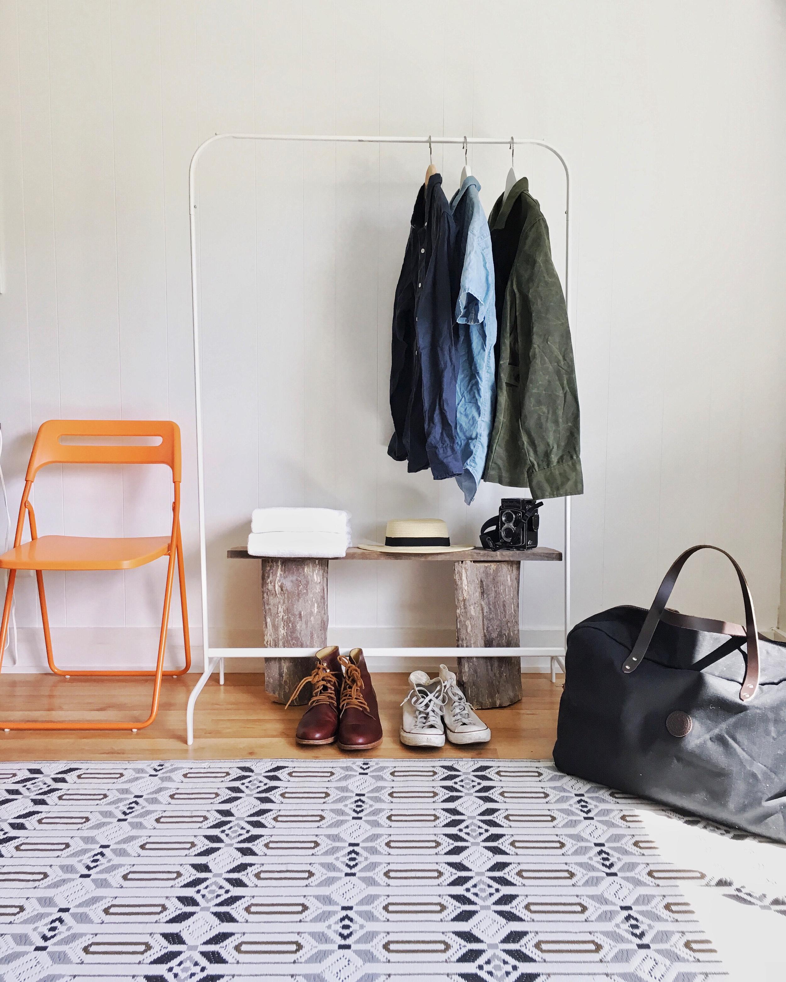 spruceton_inn_clothes_rack