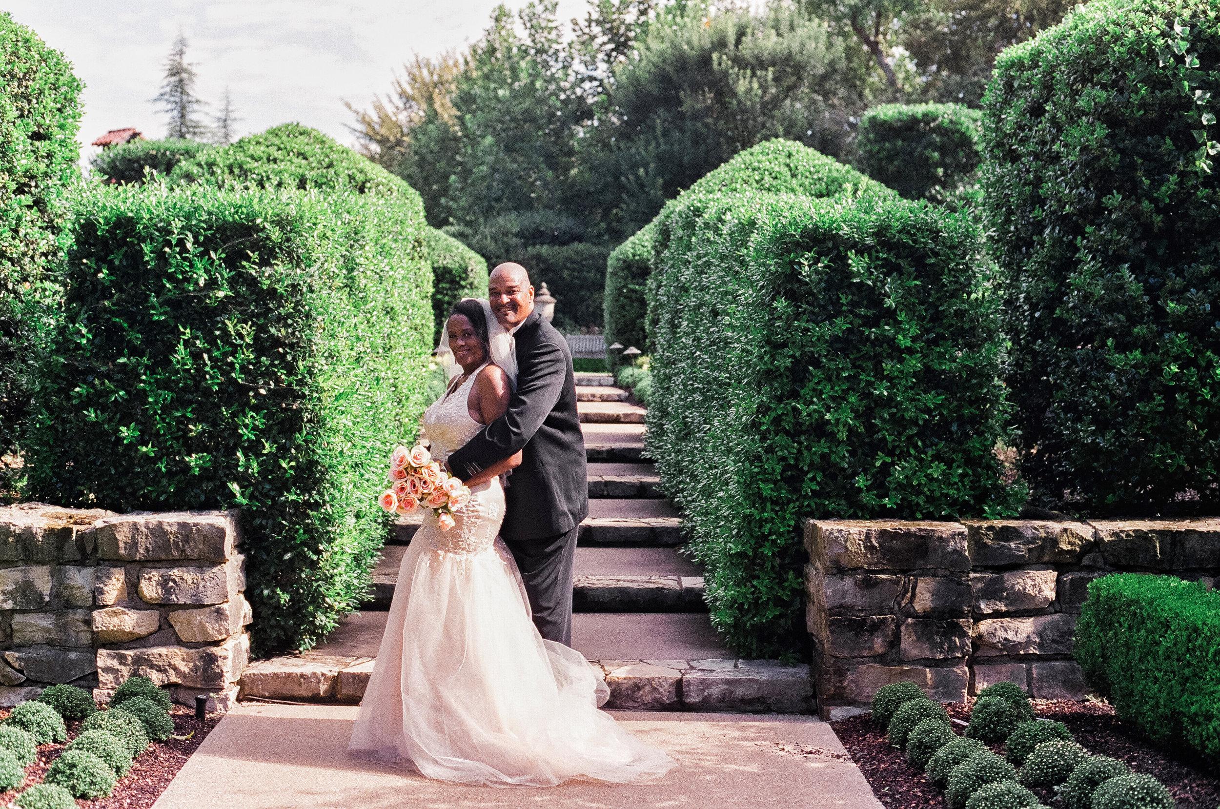 couple portraits dallas arboretum