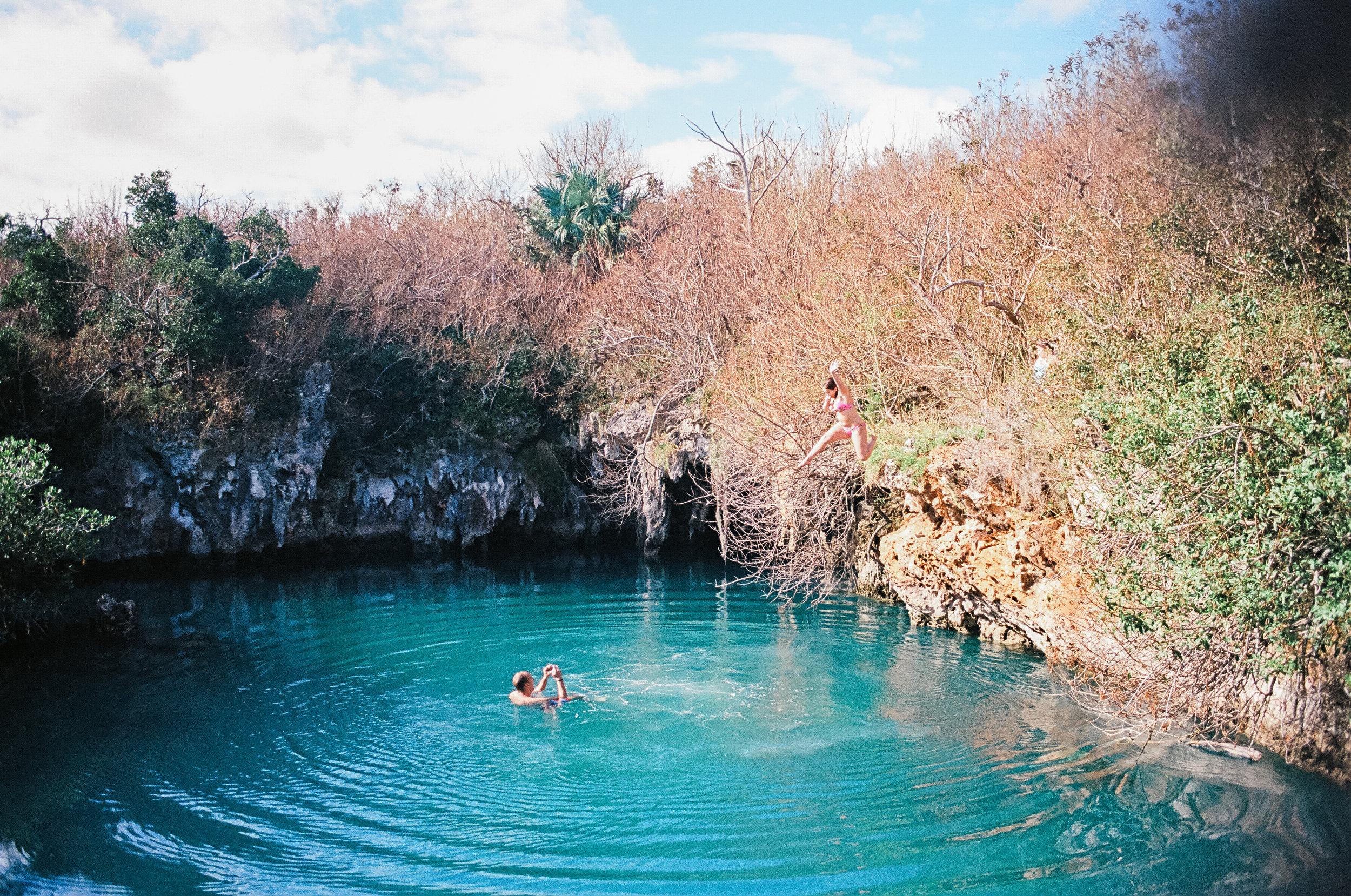 cliff diving bermua