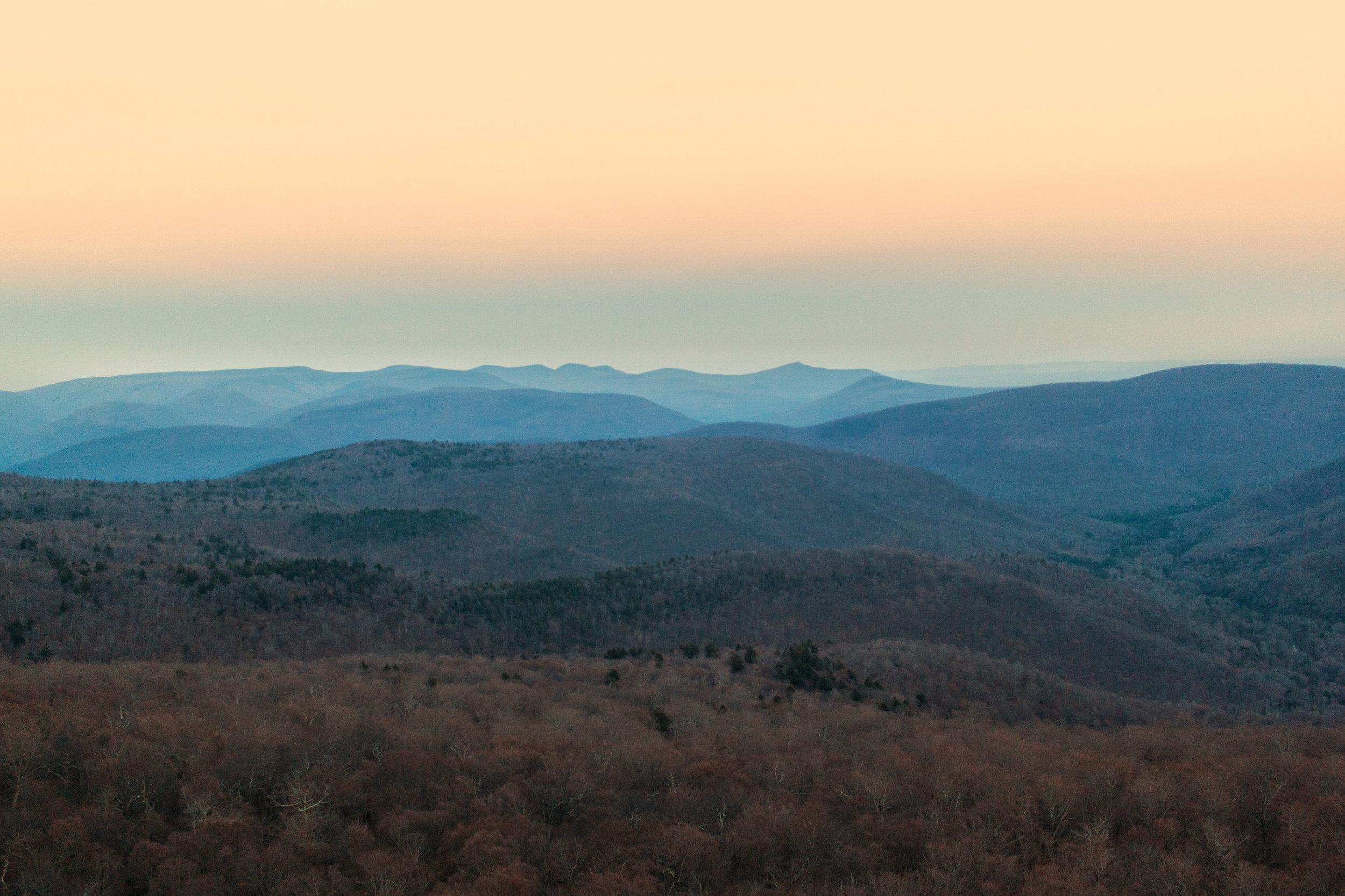 sunset hike giants ledge
