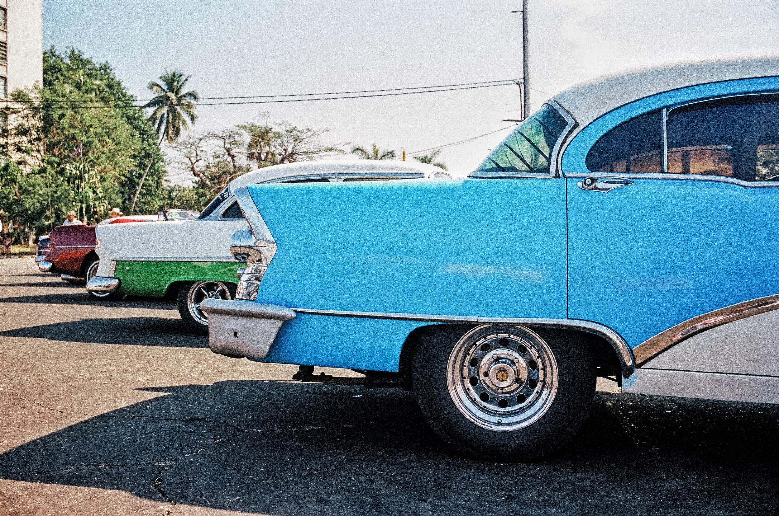 car corners havana