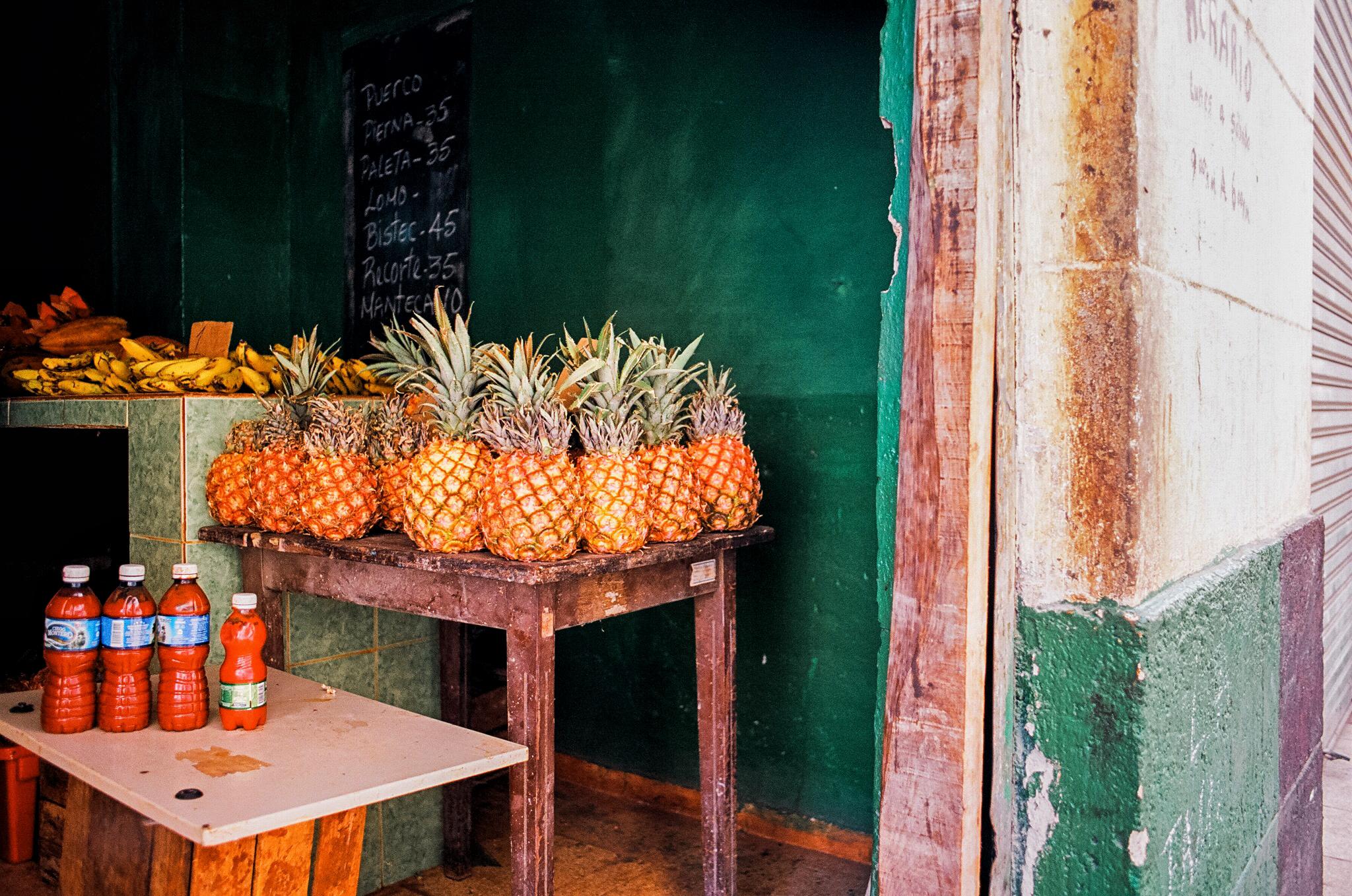 market in cuba