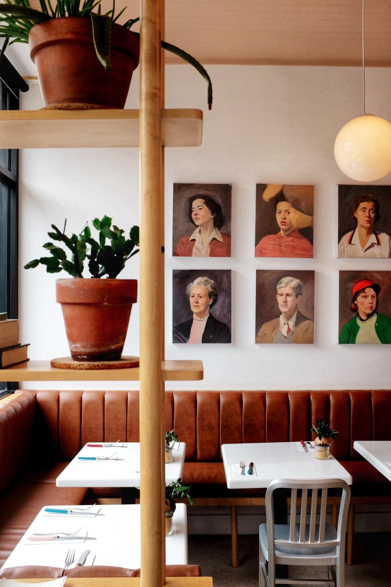 interiors of memes diner