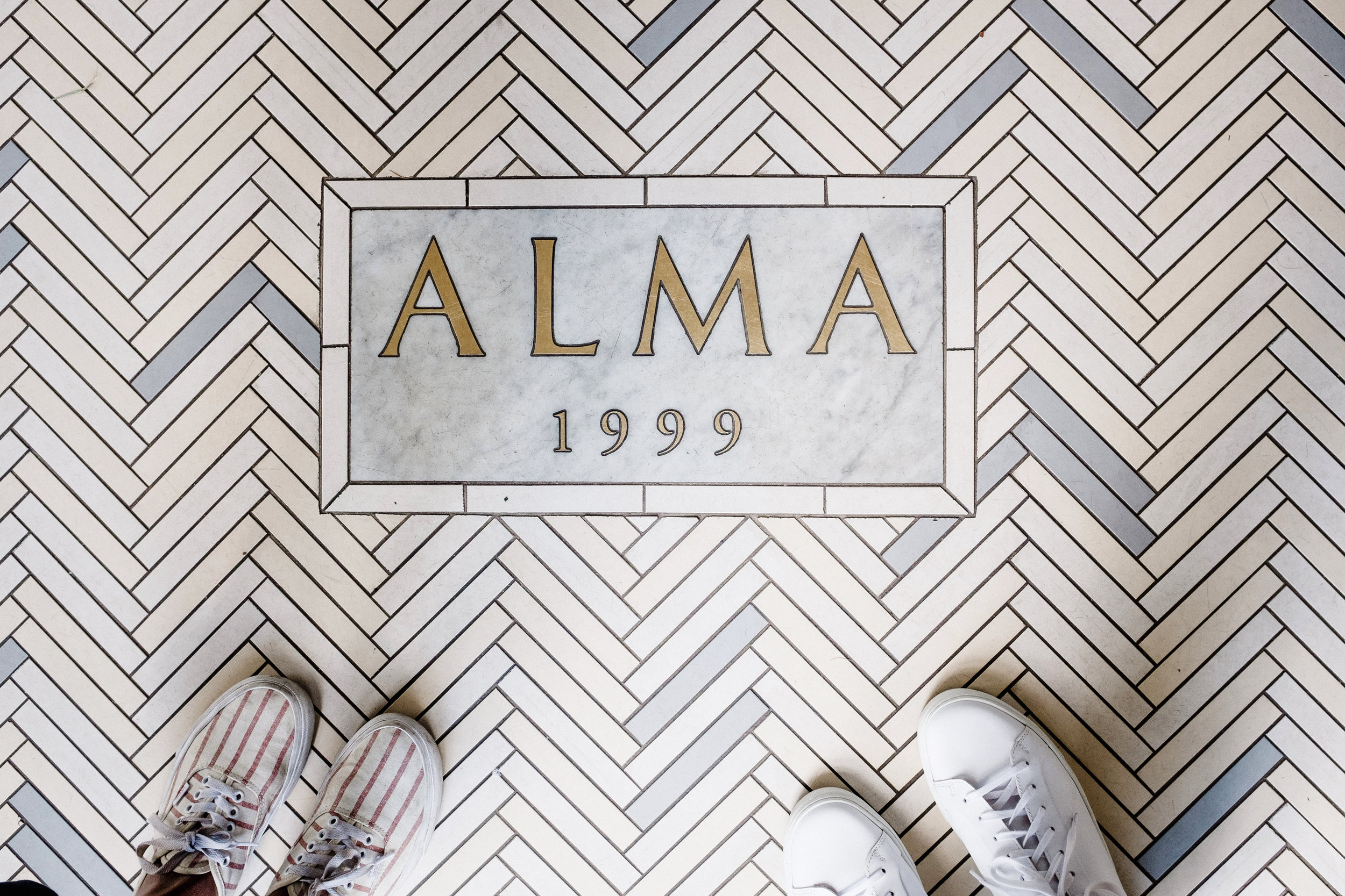 entrance to alma hotel
