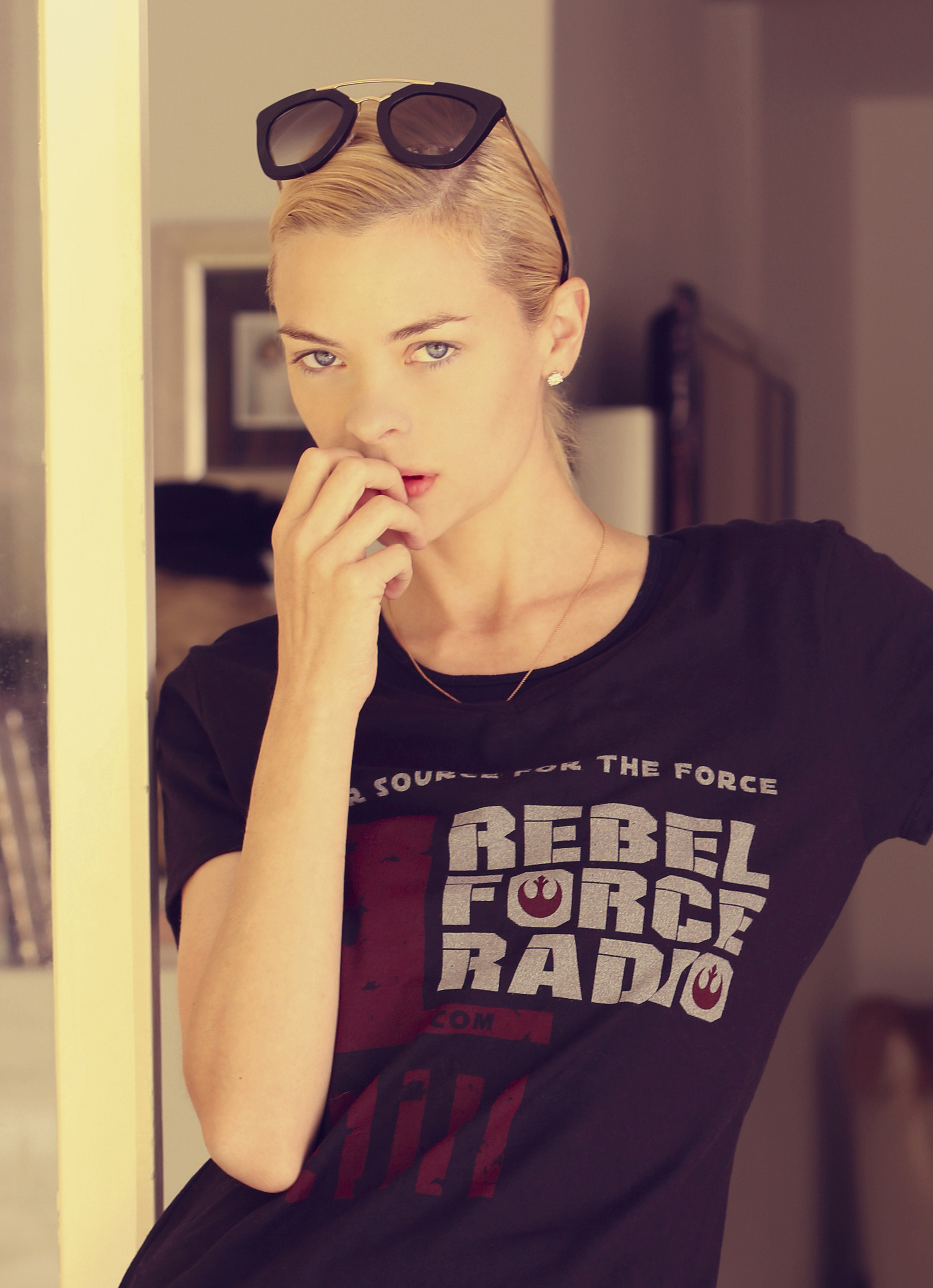 Actress/Supermodel Jaime King looks amazing in her RFR tee!