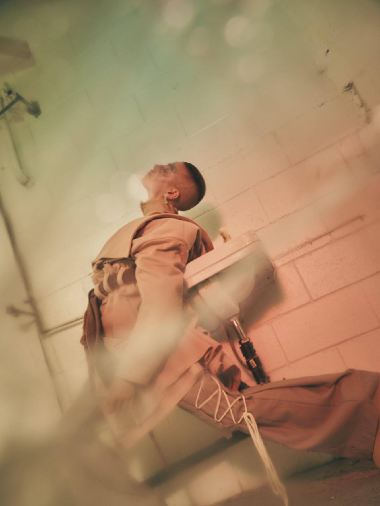 MICHAEL-KAI-YOUNG-_-BENDER-01.jpg