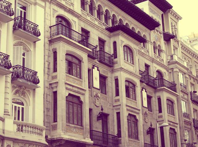 The architecture along Gran Via