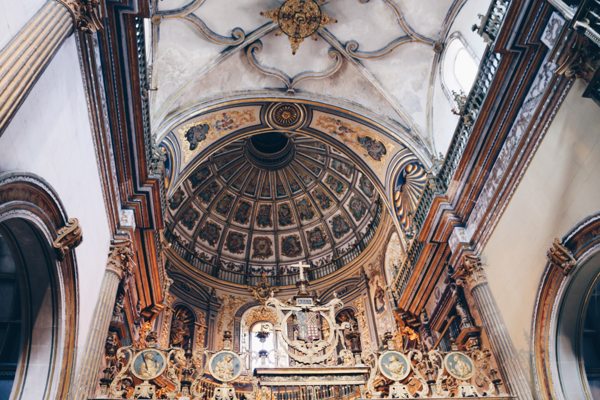 THE INTERIOR OF CAPILLA DEL SALVADOR BY BARTOLOME DE JAEN