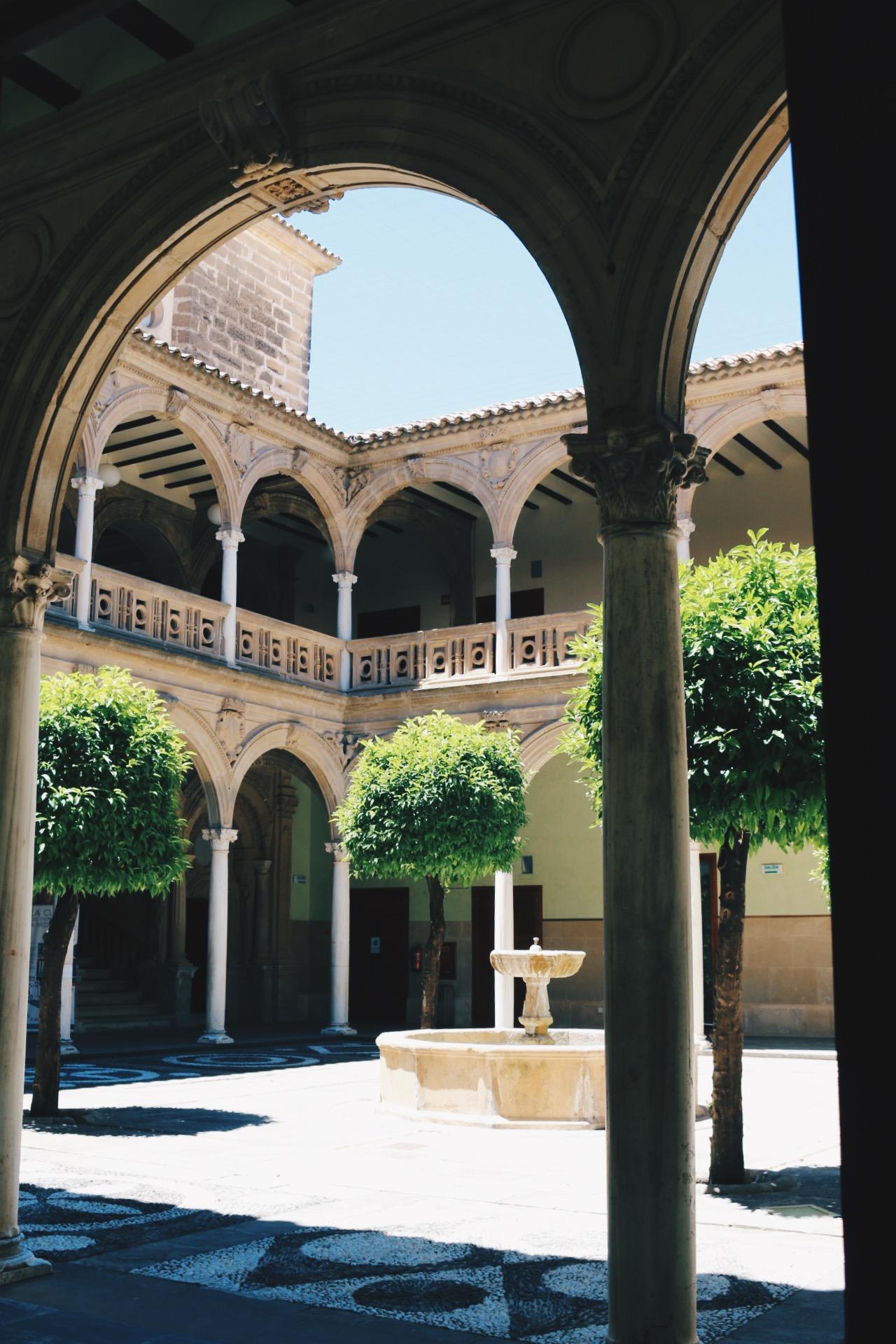 INSIDE PALACIO DE JABALQUINTO
