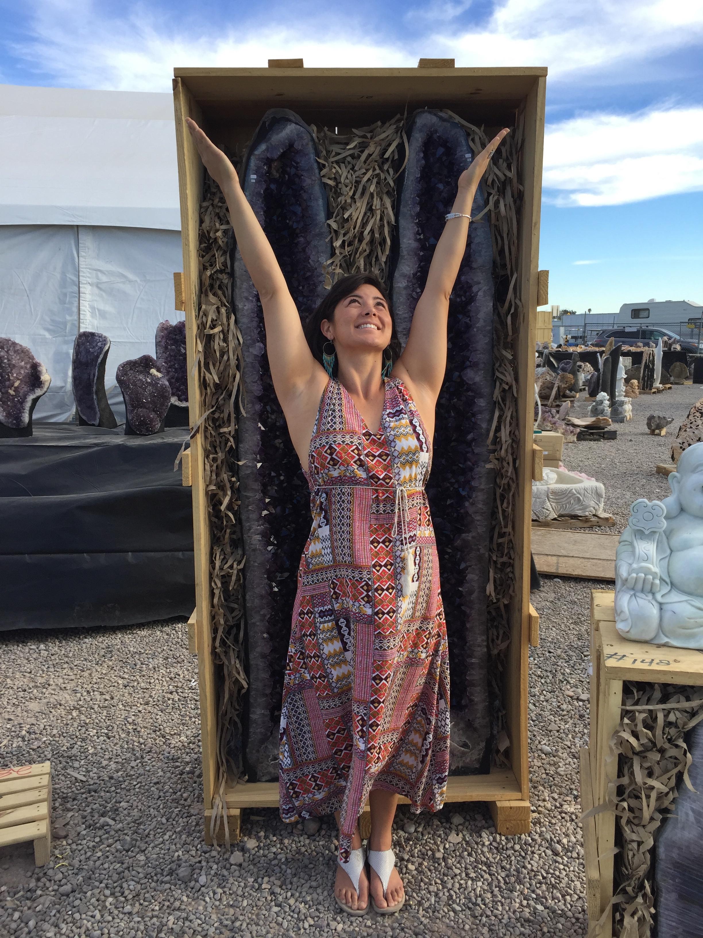 Lindsey Kimura | personal crystal concierge