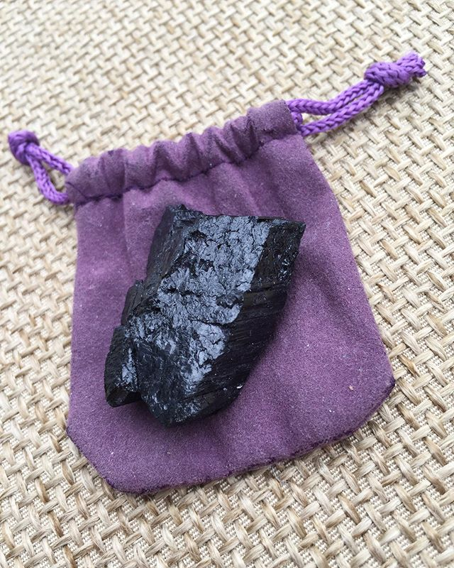 Always carry a piece of black tourmaline with you to transmute energy staying moving and positive💫💫💫 #blacktourmaline #crystals #everydaycrystals